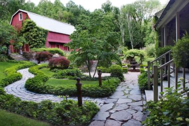 Stunning front yard entrance path walkway landscaping ideas 37