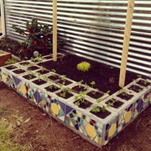 Adorable easy cinder block ideas for garden (18)