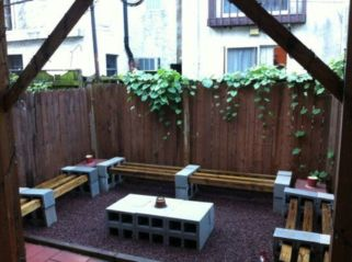 Adorable easy cinder block ideas for garden (33)