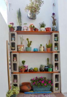 Adorable easy cinder block ideas for garden (36)
