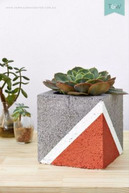 Adorable easy cinder block ideas for garden (37)