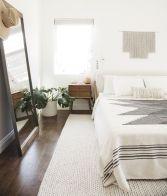 Adorable minimalist bedroom design decor ideas (7)
