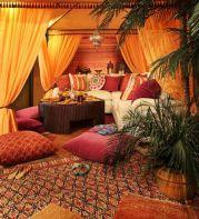 Amazing bohemian style living room decor ideas (1)
