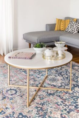 Beautiful marble coffee table design ideas for living room (24)