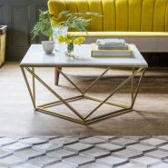 Beautiful marble coffee table design ideas for living room (42)