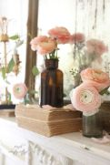 Beautiful spring mantel decorating ideas on a budget (31)