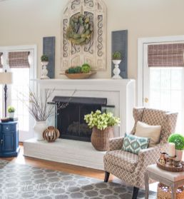 Beautiful spring mantel decorating ideas on a budget (4)