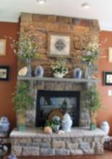 Beautiful spring mantel decorating ideas on a budget (47)