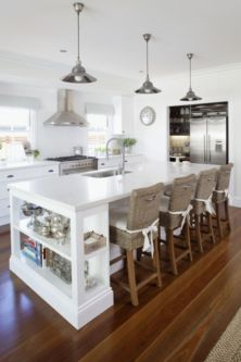 Cool coastal kitchen design ideas (33)