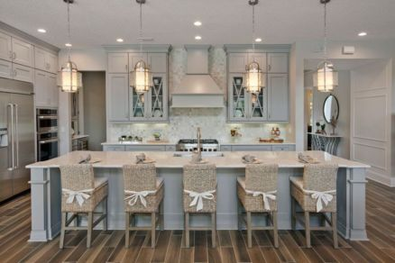 Cool coastal kitchen design ideas (34)