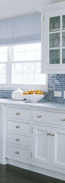 Cool coastal kitchen design ideas (41)