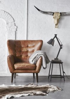Cozy vintage chair design ideas you can add for your home (26)