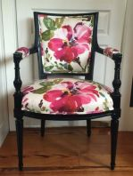 Cozy vintage chair design ideas you can add for your home (9)
