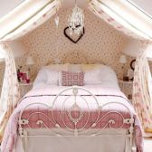 Cute pink kids bedroom designs ideas for small room (10)
