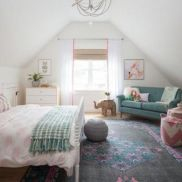 Cute pink kids bedroom designs ideas for small room (29)