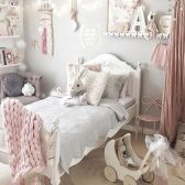Cute pink kids bedroom designs ideas for small room (9)