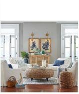 Gorgeous coastal living room decor ideas (16)
