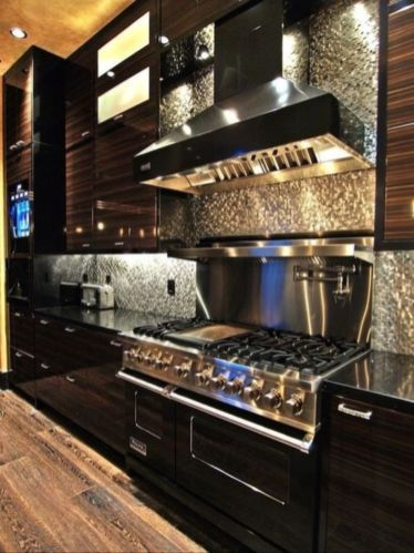 Stylish luxury black kitchen design ideas (8)
