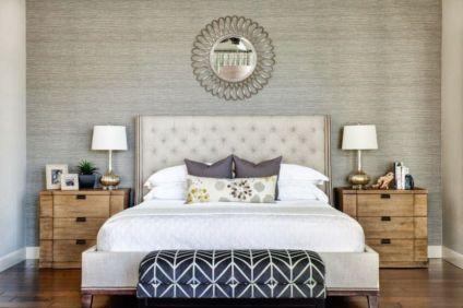 Totally inspiring black and white geometric wallpaper ideas for bedroom (26)