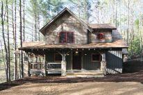 Amazing rustic mountain farmhouse decorating ideas (34)