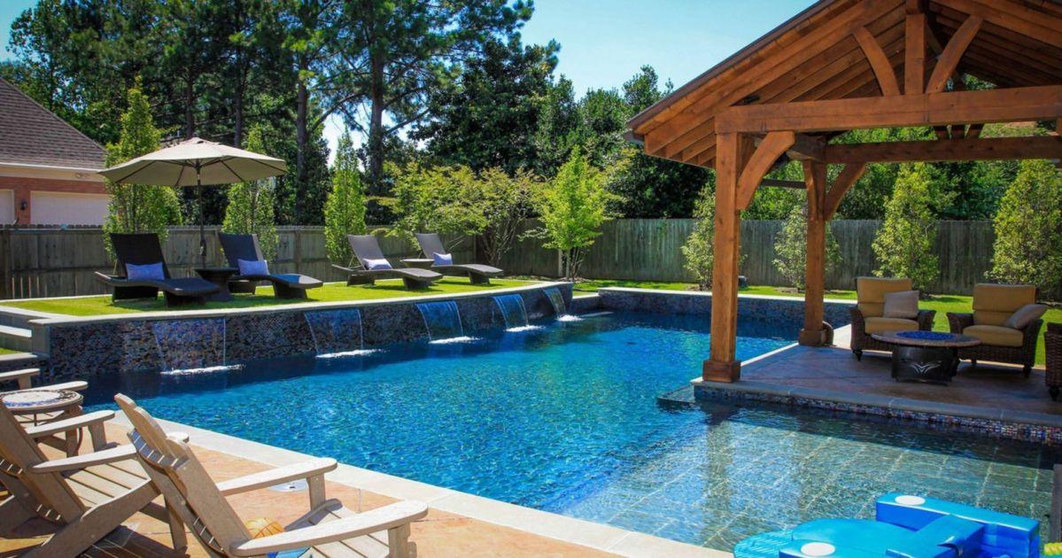 Beautiful small outdoor inground pools design ideas 19