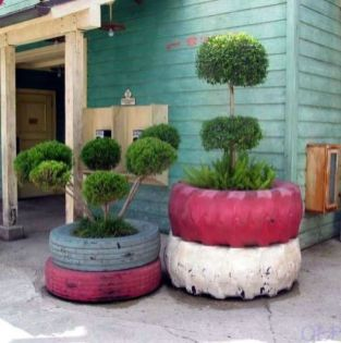 Best and beautiful tree ring planter ideas 38