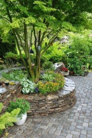 Best and beautiful tree ring planter ideas 40