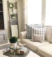Cozy living room ideas for your home (16)