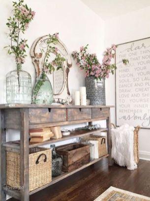 Elegant farmhouse decor ideas for your home (11)