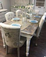 Elegant farmhouse decor ideas for your home (19)