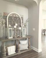 Elegant farmhouse decor ideas for your home (26)