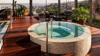 Excellent indoor spa decorating ideas 37