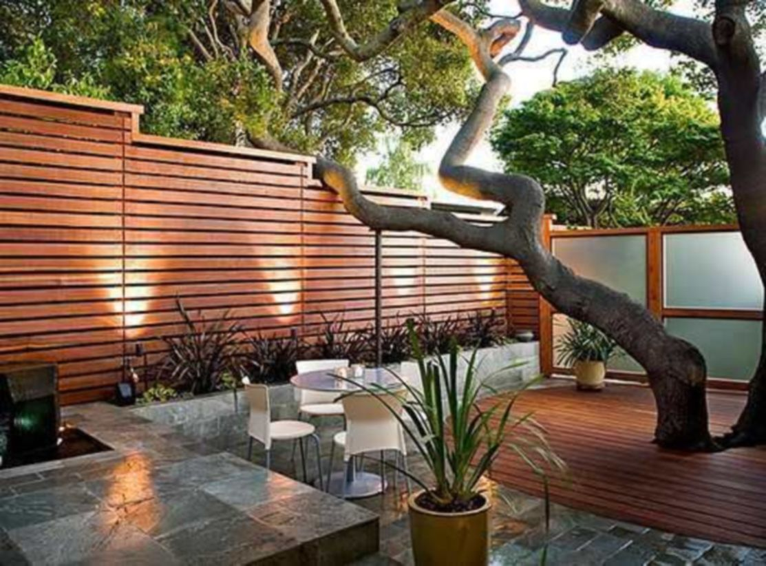 Exclusive and modern minimalist fence design ideas 12