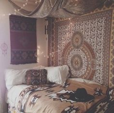 Inspired boho bedroom decorating ideas on a budget 23