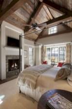 Rustic farmhouse bedroom decorating ideas (20)
