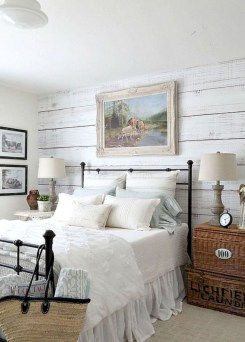 Rustic farmhouse bedroom decorating ideas (33)