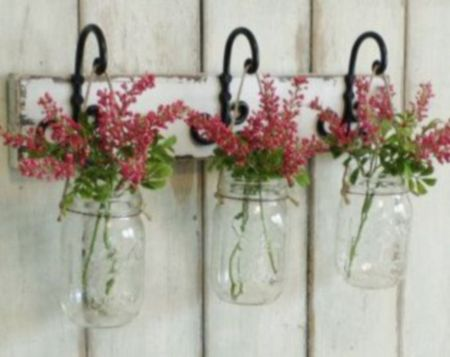 Simply and cozy farmhouse wall decor ideas (1)