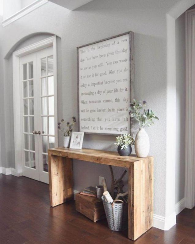 Simply and cozy farmhouse wall decor ideas (43)