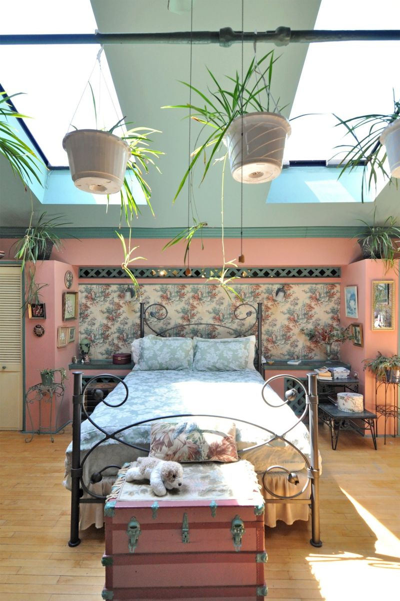 Astounding bedrooms with skylights that everyone will adore 10