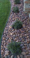 Awesome ways to creatively edge your garden 25