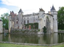 Fascinating castles to include on your bucket list 08