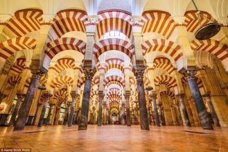 Stunning breathtaking temples around the world 41
