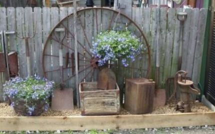 Amazing rustic garden decor ideas 01