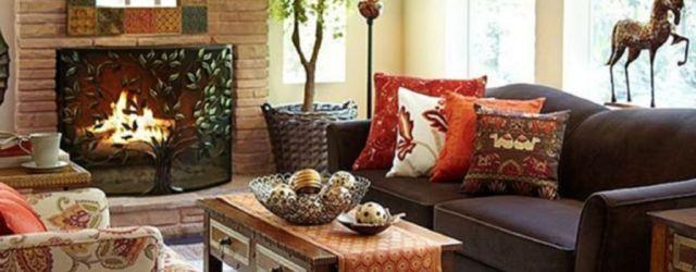 Brilliant bohemian farmhouse decorating ideas for your living room 07