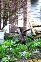 Brilliant garden junk repurposed ideas to create artistic landscaping 19