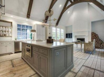 Classic and elegant european farmhouse decor ideas 16