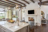 Classic and elegant european farmhouse decor ideas 44