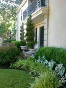 Impressive small front yard landscaping ideas 34