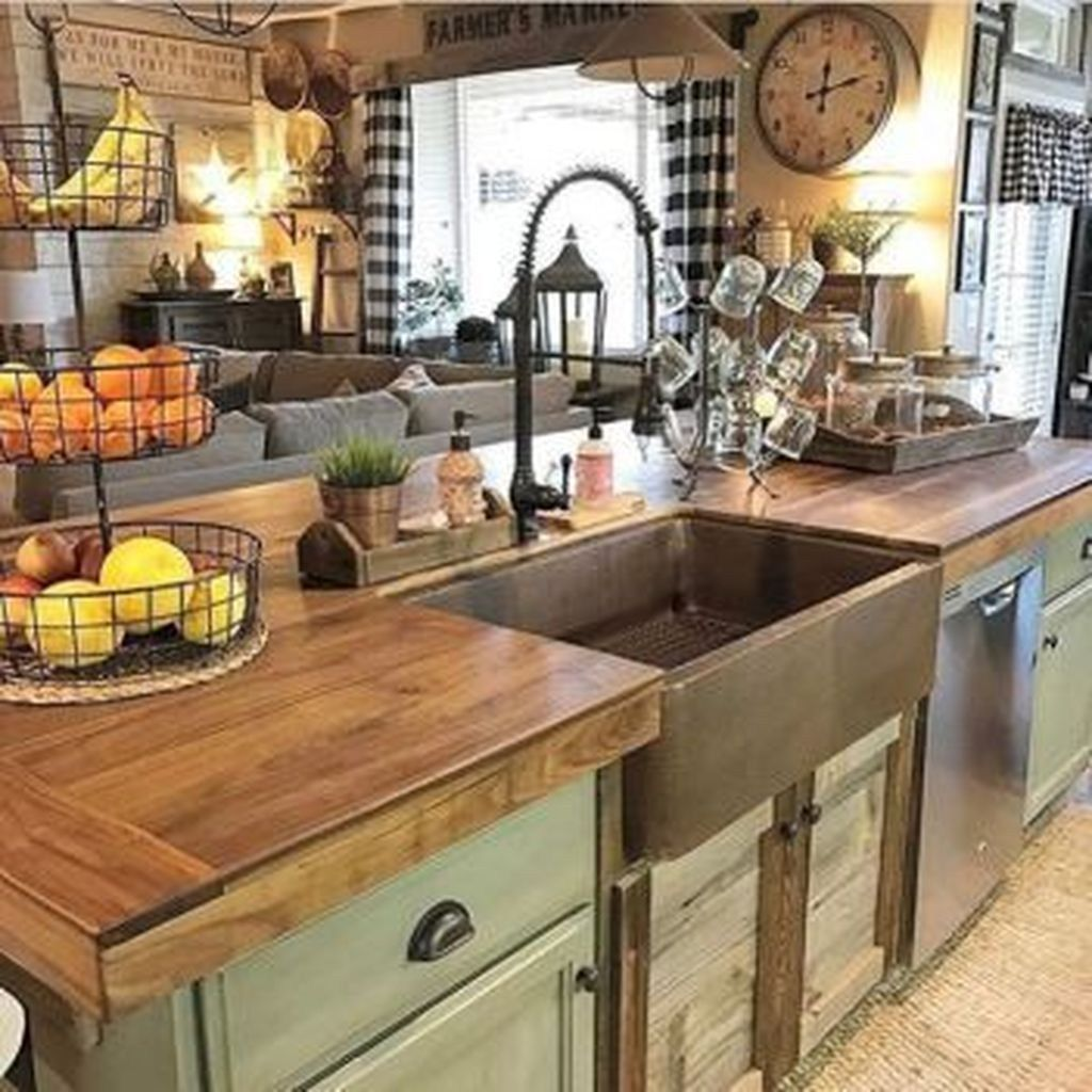 Amazing farmhouse kitchen decor ideas for inspiration 02