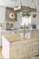 Amazing farmhouse kitchen decor ideas for inspiration 30